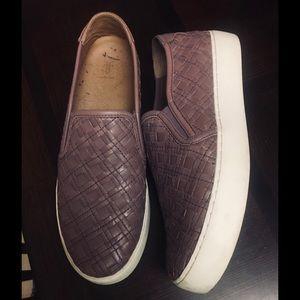 LIKE NEW! FRYE Weave Leather Slip-On Sneakers